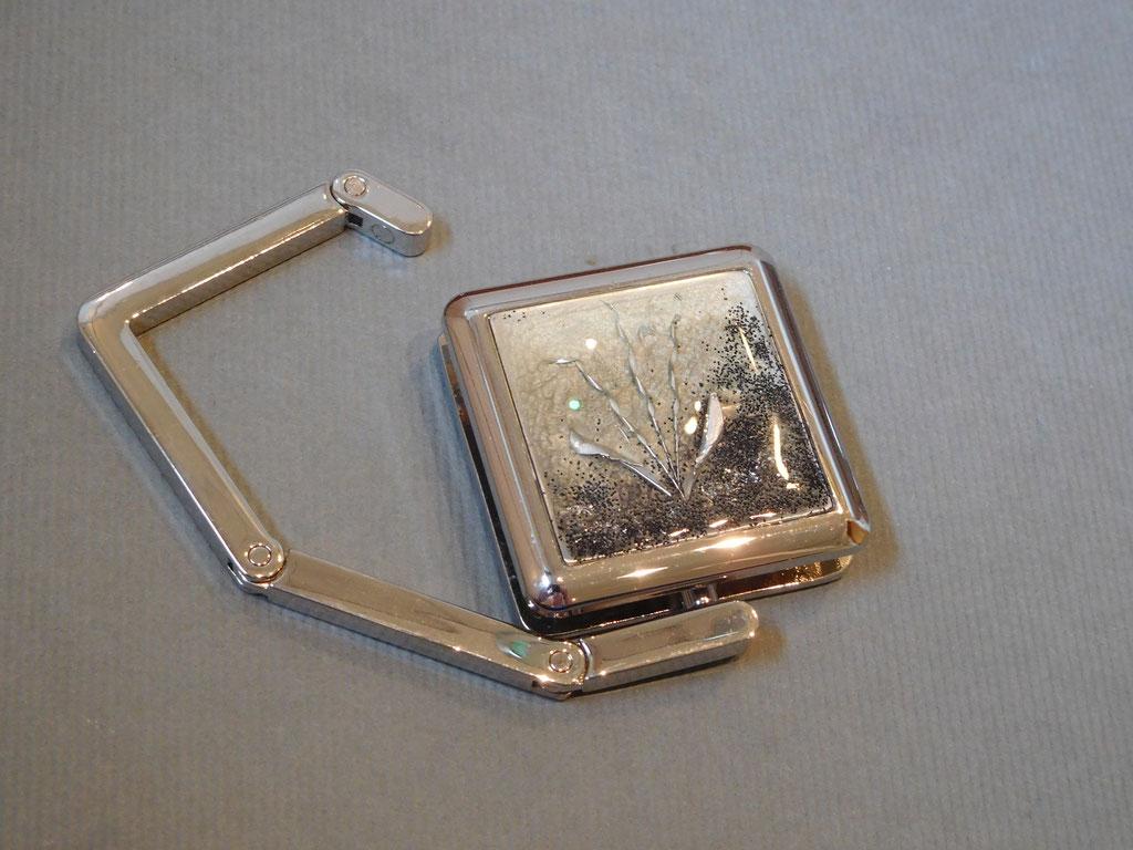 2) Taschenhalter 40€