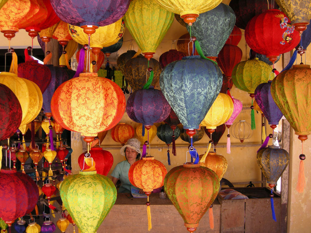 Vietnam: Seidenlaternen
