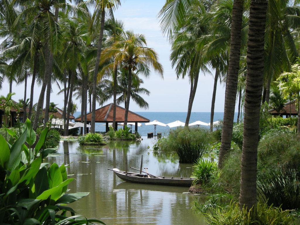 Vietnam: Garten des Luxushotels Anantara Mui Ne