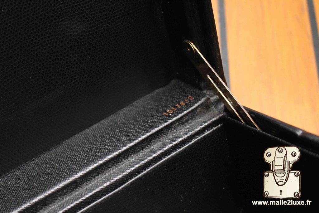 Valise président Louis Vuitton cuir epi noir rare