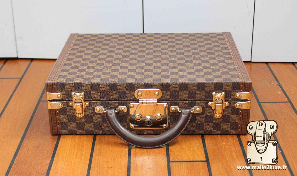 AAS Louis Vuitton malle sur mesure