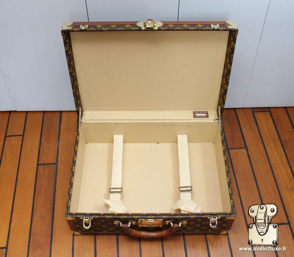 Valise bisten 60 Louis Vuitton 1960 intérieur 2 sangles