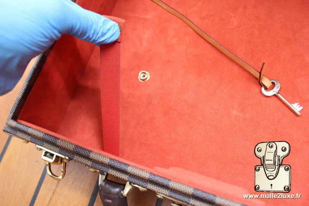 AAS Louis Vuitton malle sur mesure suitcase