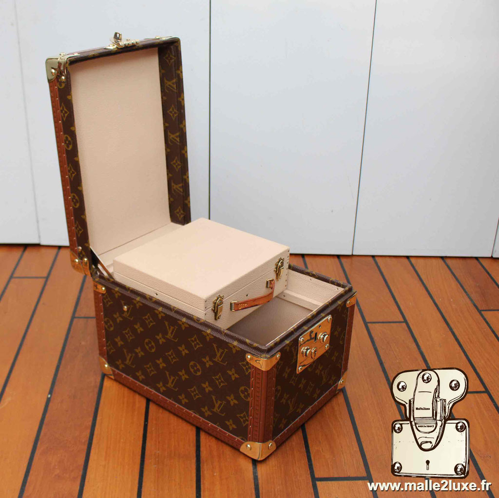 Vanity Louis Vuitton vintage superbe