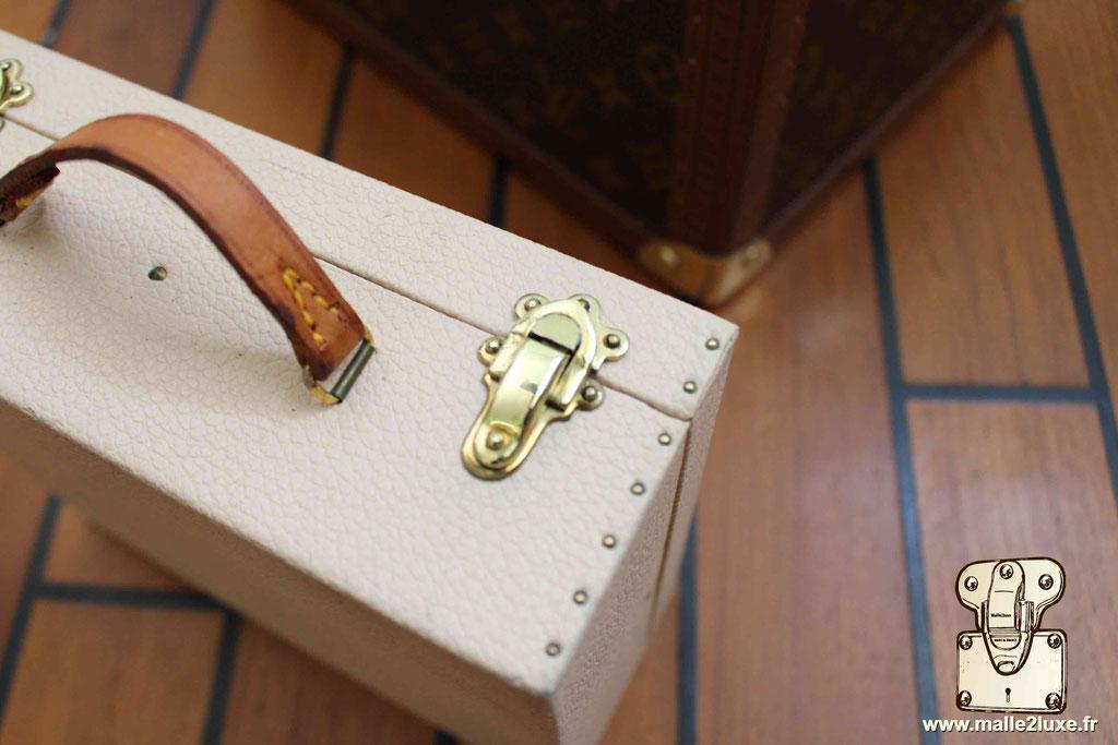 Vanity Louis Vuitton vintage rare
