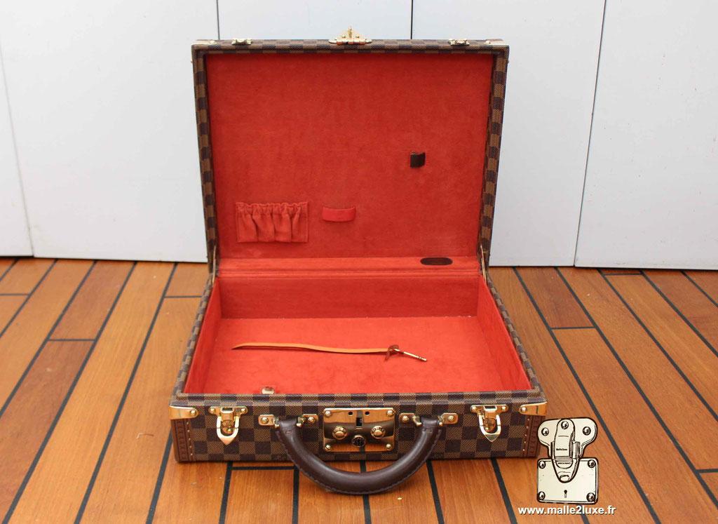 AAS Louis Vuitton malle sur mesure valise