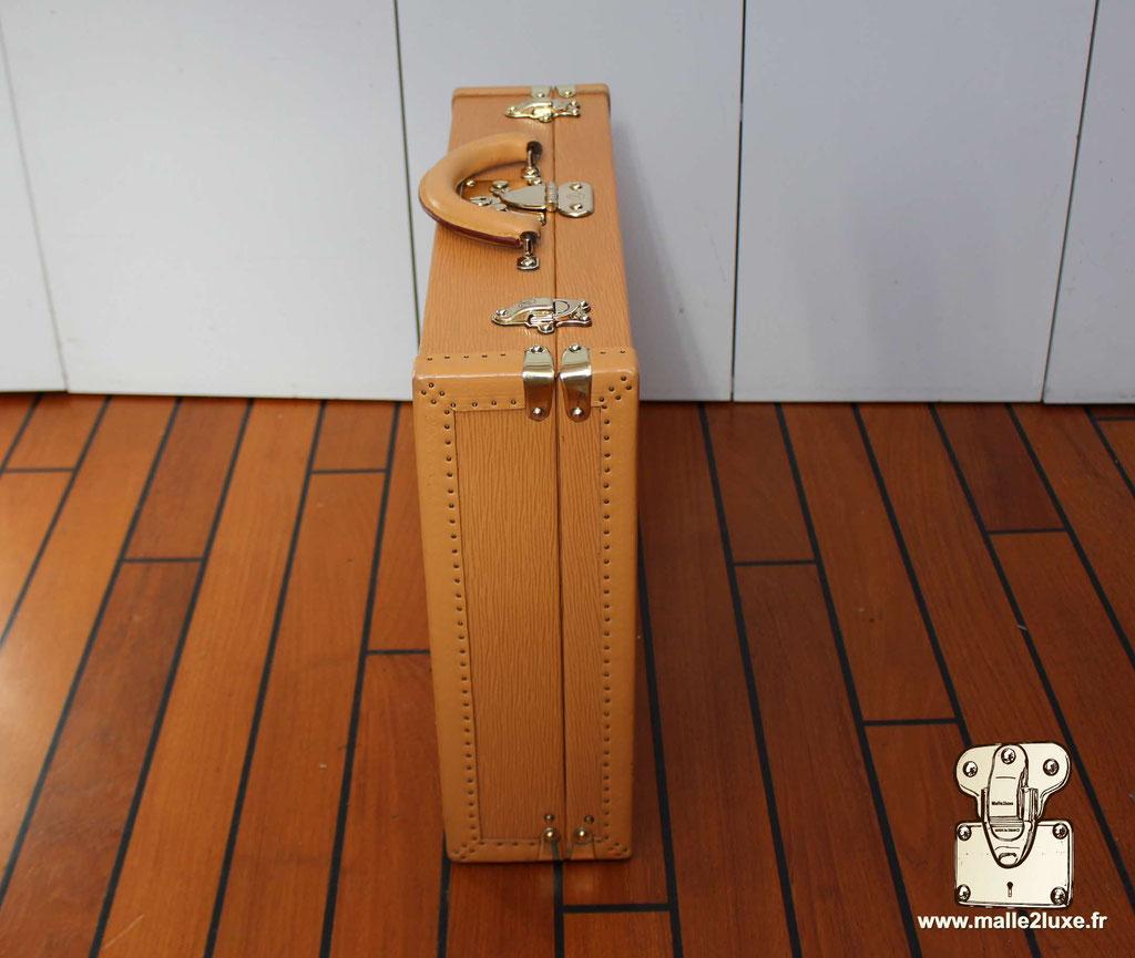 Valise président Louis Vuitton coté de la valise