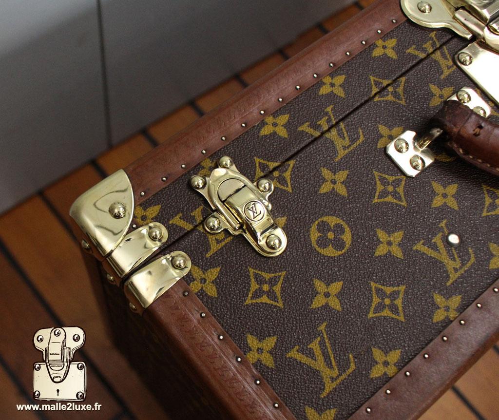 Valise bisten 60 Louis Vuitton 1960 fermoirs laiton massif