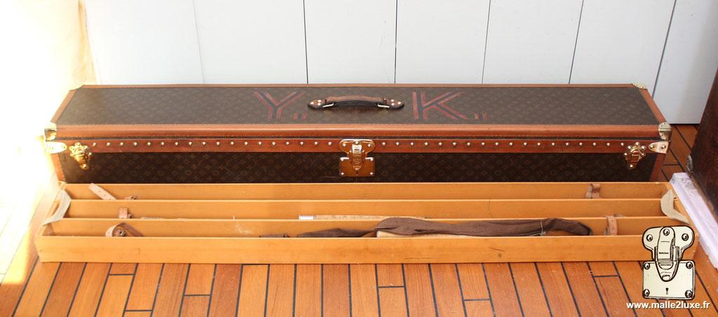 Louis Vuitton trunk 1931 fishing rod