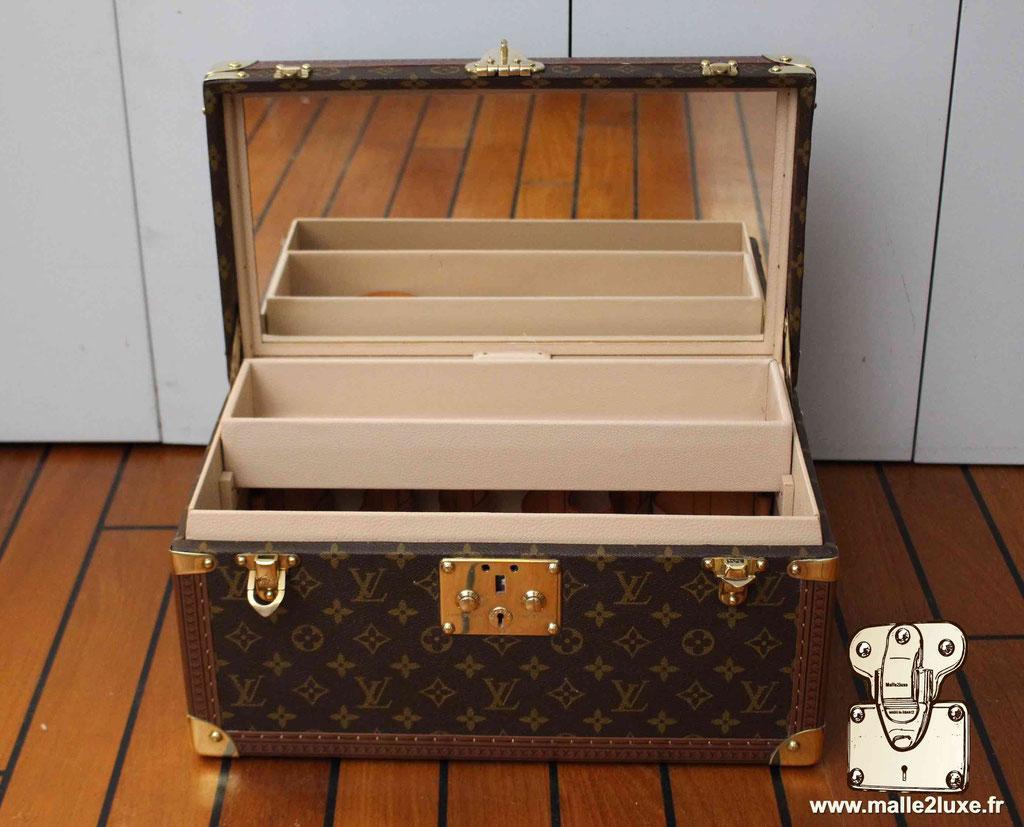 Vanity Louis Vuitton superbe