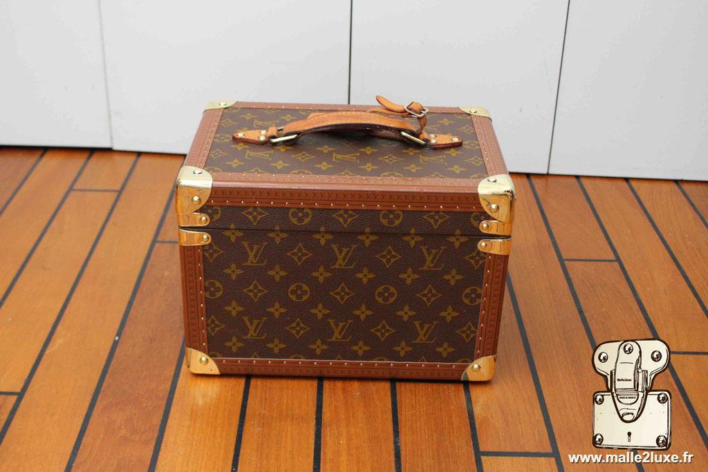Vanity Louis Vuitton vintage laiton