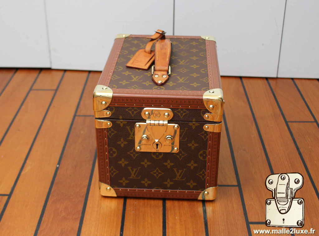 Vanity Louis Vuitton vintage ancien