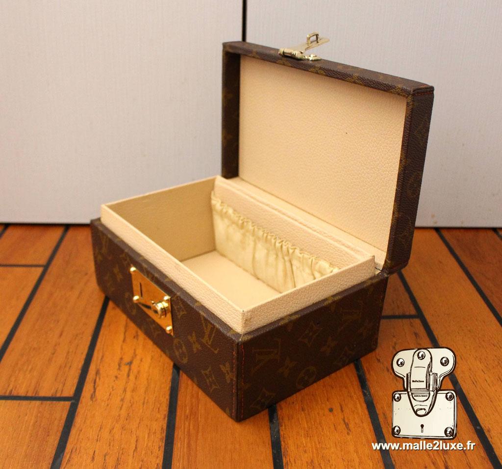 box bijoux Louis vuitton