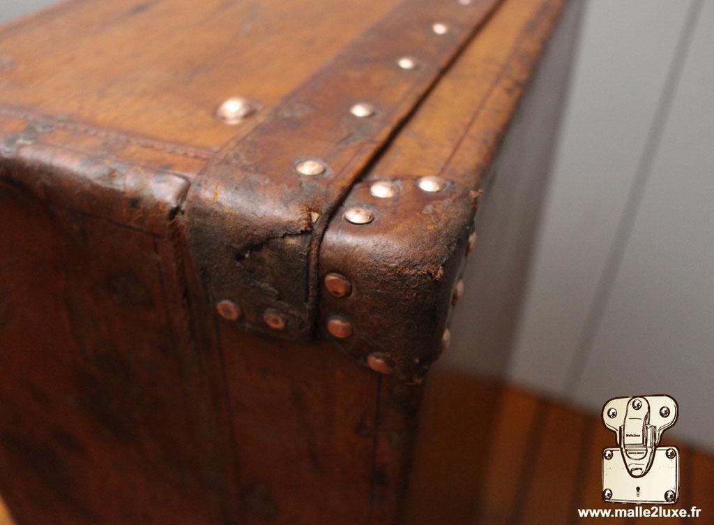 leather louis vuitton gold