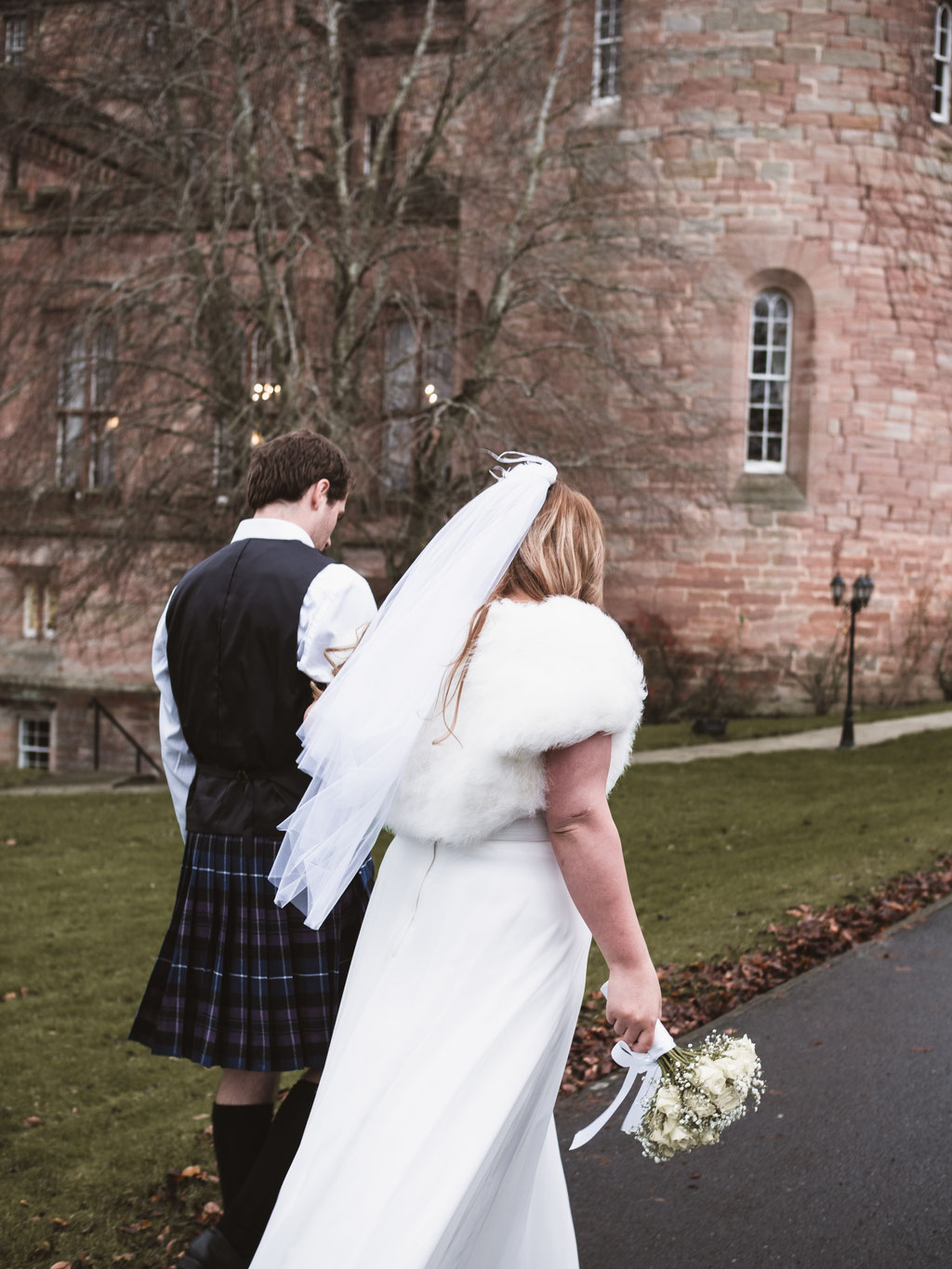 scotland wedding photographer low budget