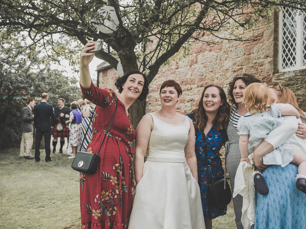budget friendly wedding reportage scotland