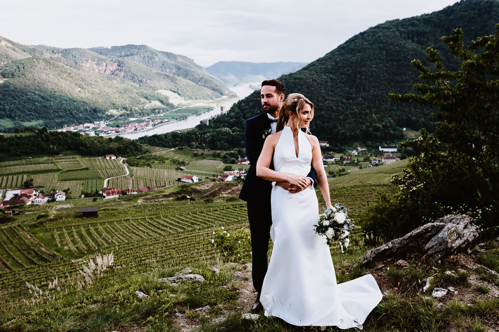 Weddingphotographer Wedding Hochzeit Hochzeitsfotografen Schloss Spitz an der Donau Wien Wachau Vintage Boho Weingarten Vineyard mrsrmrgeen mrsmrgreen.at Fotografen Exklusiv