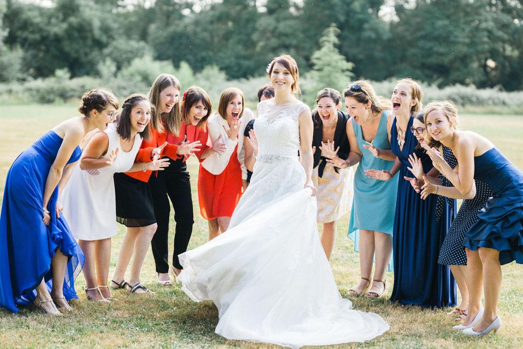 Manoir de la fresynaye mariage photo de groupe mariée Bretagne Orlane Boisard