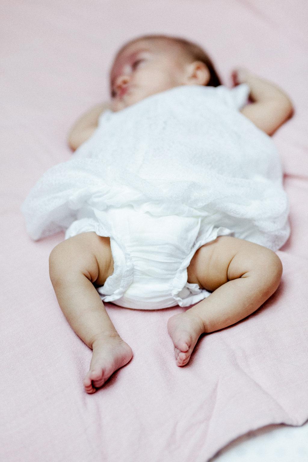 Shooting jumelles bébés photographe nantes Orlane Boisard new born