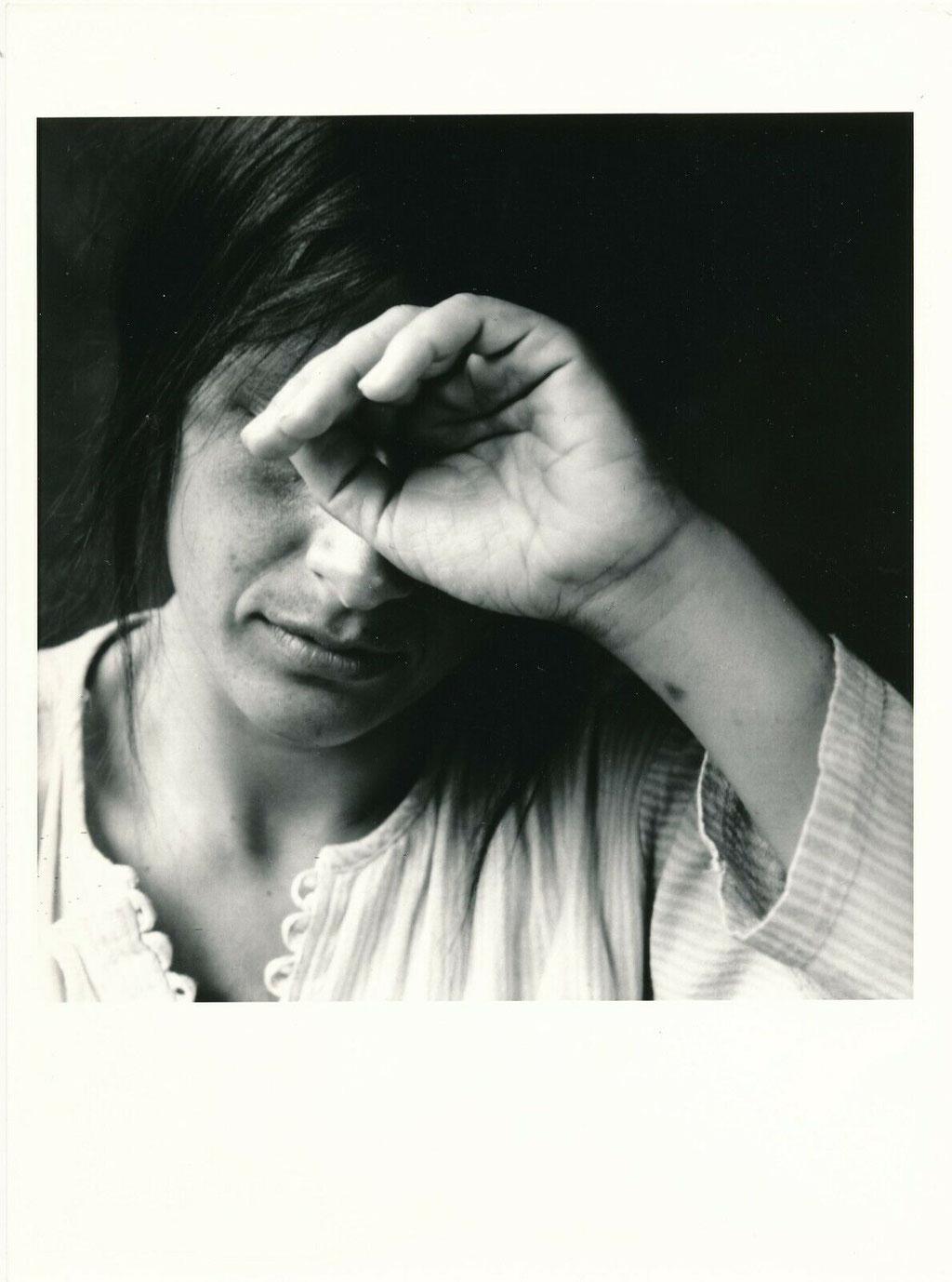 photographie : étude de main et de visage