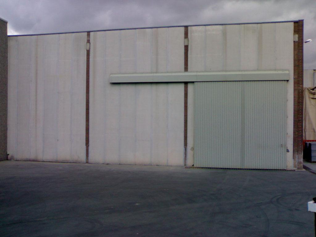 Puertas correderas colgadas rac puertas y automatismos - Puertas correderas colgadas ...