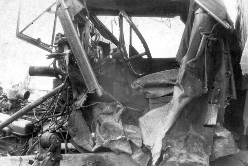 1. Womöglich Unfall-Truck, in den Elvis verwickelt war. Wer kennt die Story und den Wahrheitsgehalt? Sammlung Rolf Herz, Digitale Sammlung ONLINE-MUSEUM Bad Nauheim