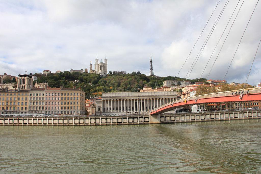 Quais de Saône et passerelle du Palais de Justice - Lyon - Photo © Anik COUBLE