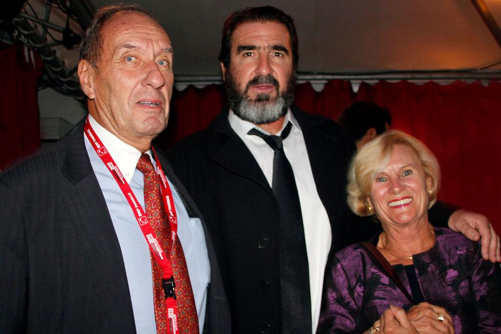 Eric Cantona entouré de Max Lefrancq-Lumière et son épouse Michèle - Festival Lumière 2012 - Lyon © Anik COUBLE