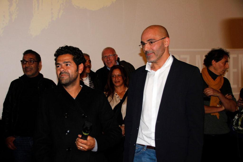 """Jamel Debbouze et Toumi Djaïdja, lors de l'avant-Première du film """"La Marche""""  Lyon - 5 Novembre 2013 - Photo © Anik COUBLE"""