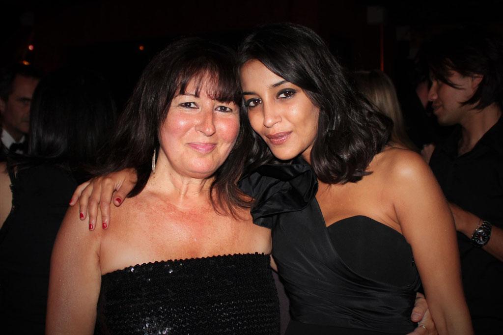 """Anik Couble et Leila Bekhti, lors de la soirée du  film """"La Source des Femmes'"""" de  Radu Mihaileanu"""" - Festival de Cannes 2011 - Photo © Anik COUBLE"""