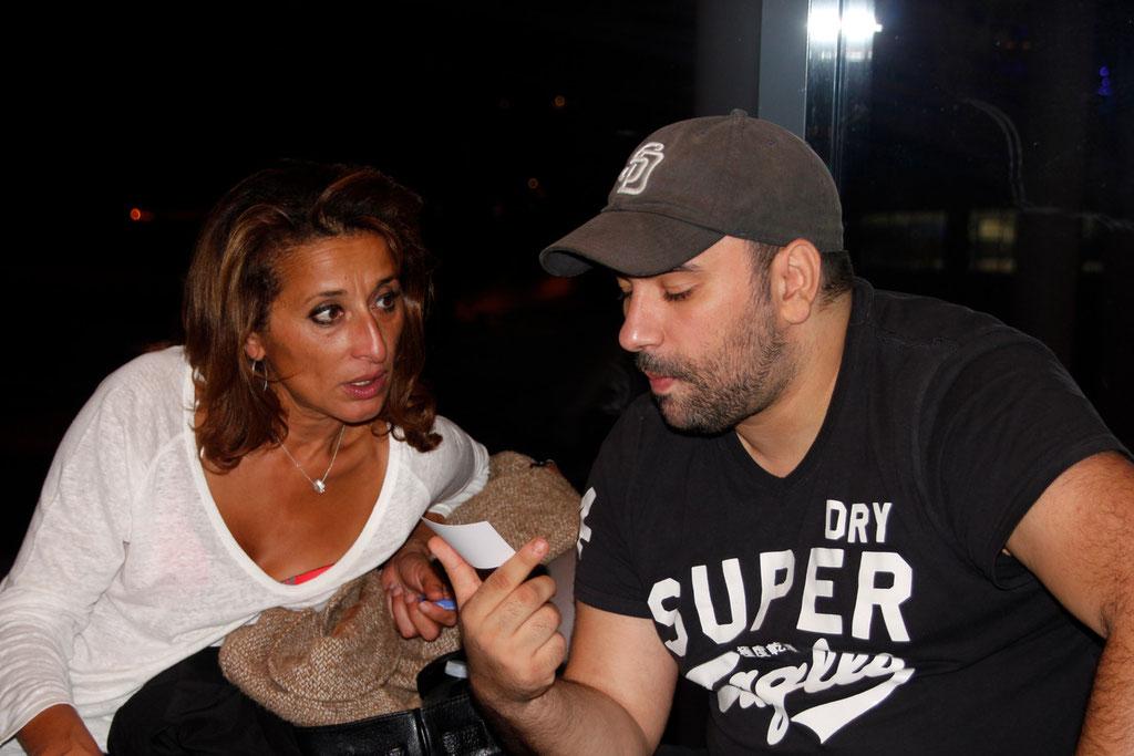 """Farida Boudaoud en discussion avec Nabil Ben Yadir, lors de l'avant-Première du film """"La Marche""""  Lyon - 5 Novembre 2013 - Photo © Anik COUBLE"""