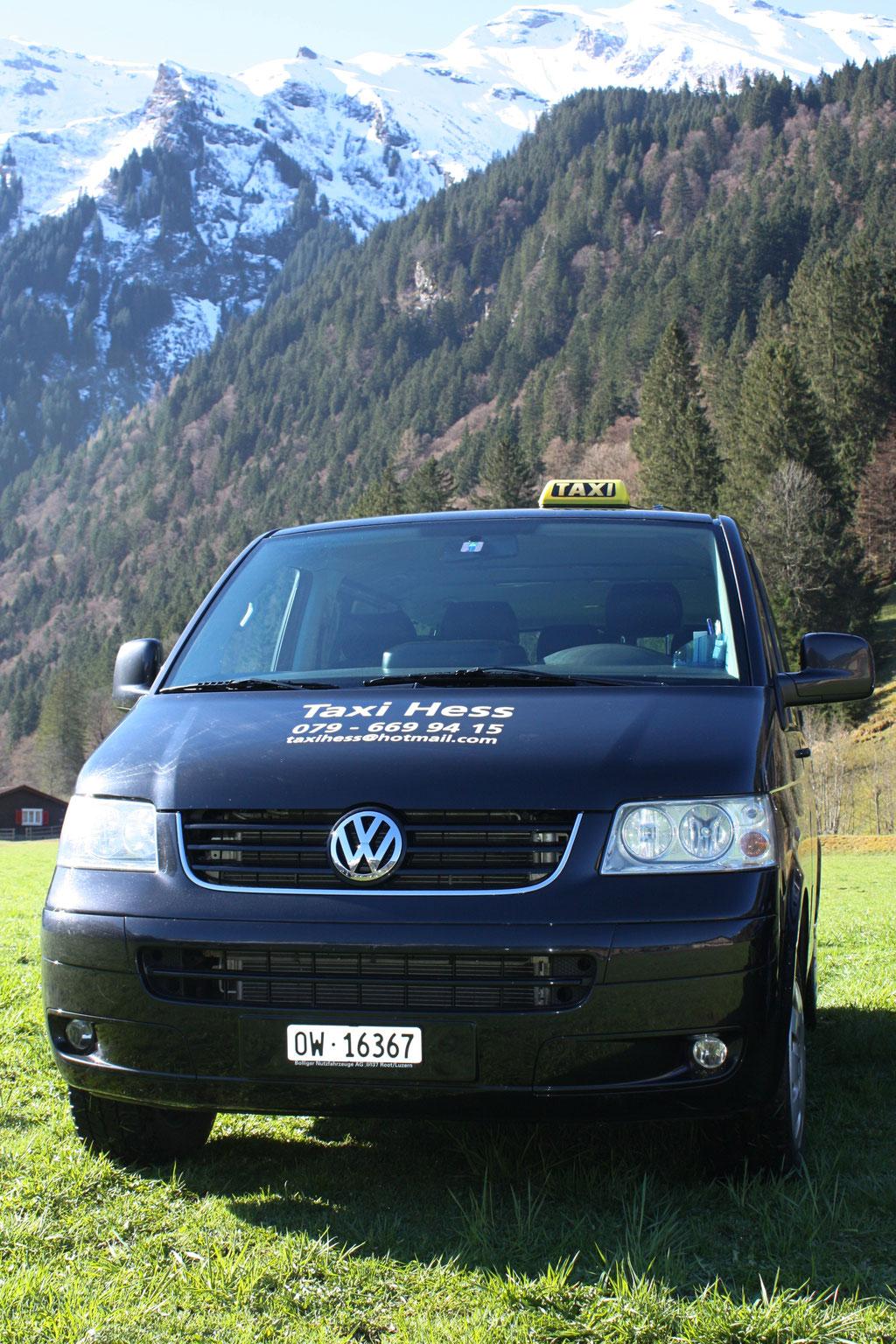 VW T5 in schwarz