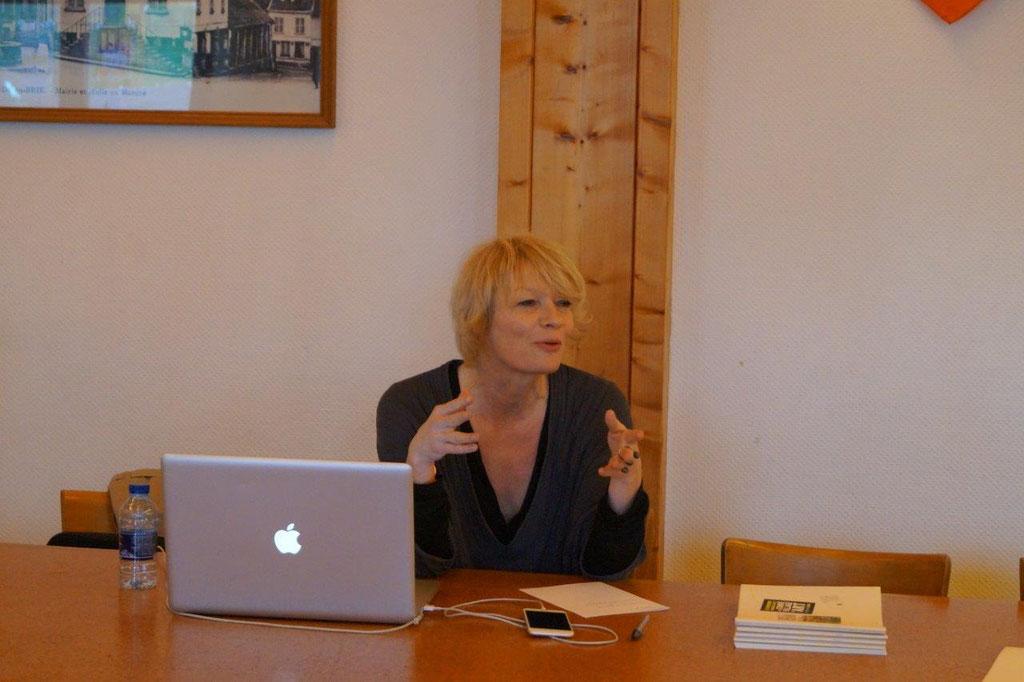 Laurence Lefèvre est la directrice artistique de Condé Village d'Art.
