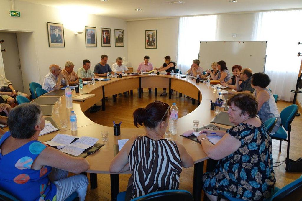 Le conseil municipal de Dormans réuni en séance publique vendredi 26 juillet 2019.