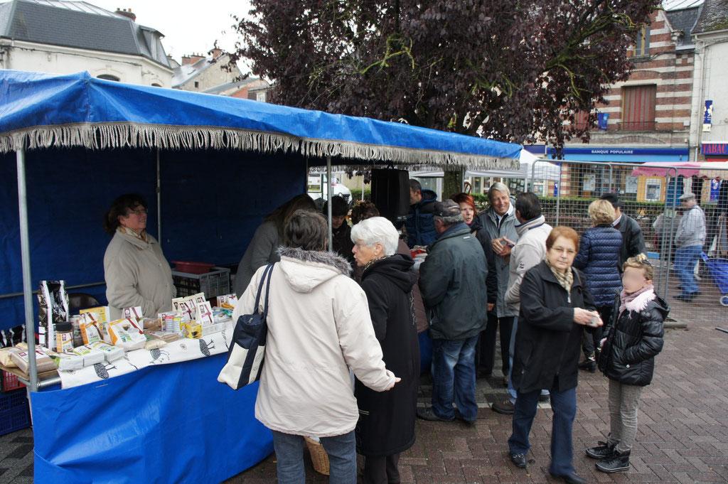 Dormans : marché Place du Luxembourg