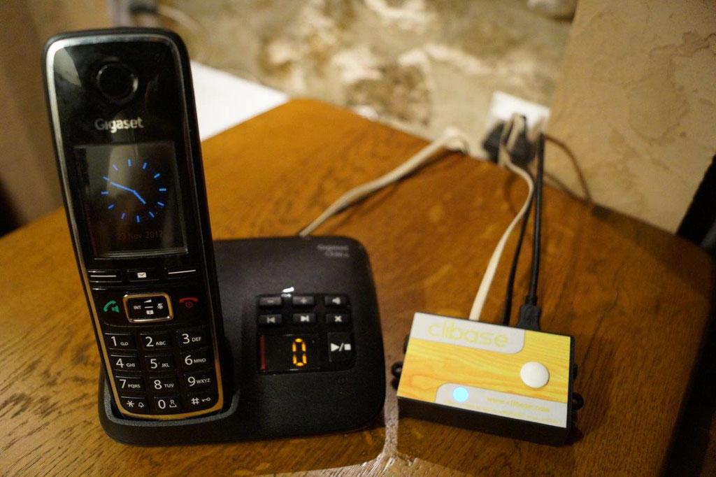 Le bloqueur d'appels est compatible Box Internet et lignes analogiques.