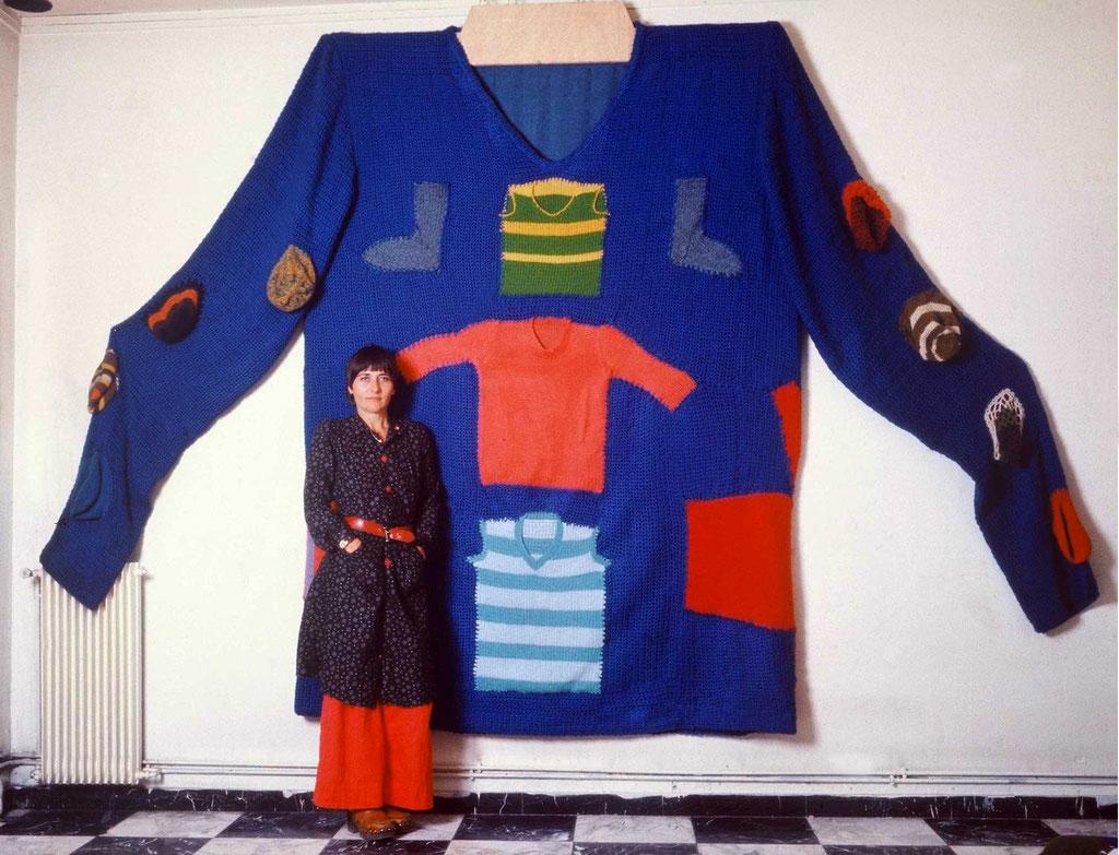 Héritage, les tricots de ma mère, devant et Raymonde Arcier