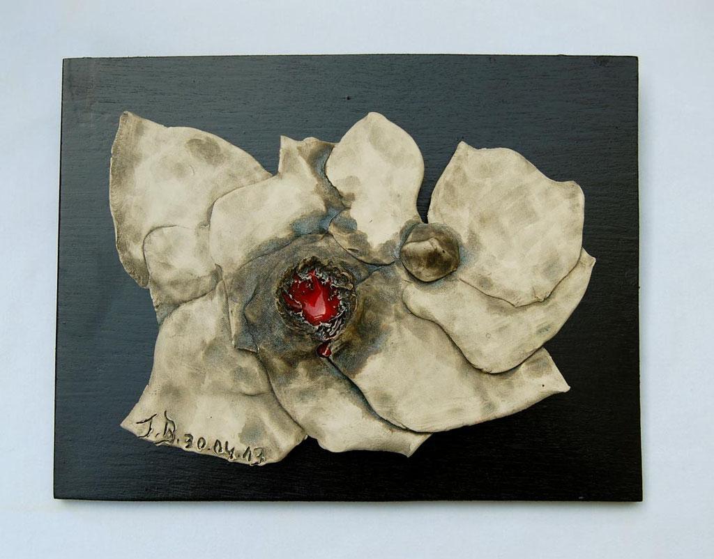 Opus 63 - 2013 - L 20 x H 15 cm (L 25 x H 19 cm avec cadre) - Faïence - Collection particulière