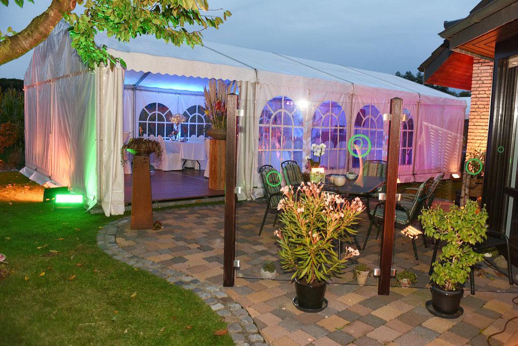Hochzeit im eigenen Garten