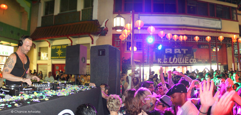 DJ Jason Bentley and crowd at KCRW Chinatown Summer Nights event in DTLA.