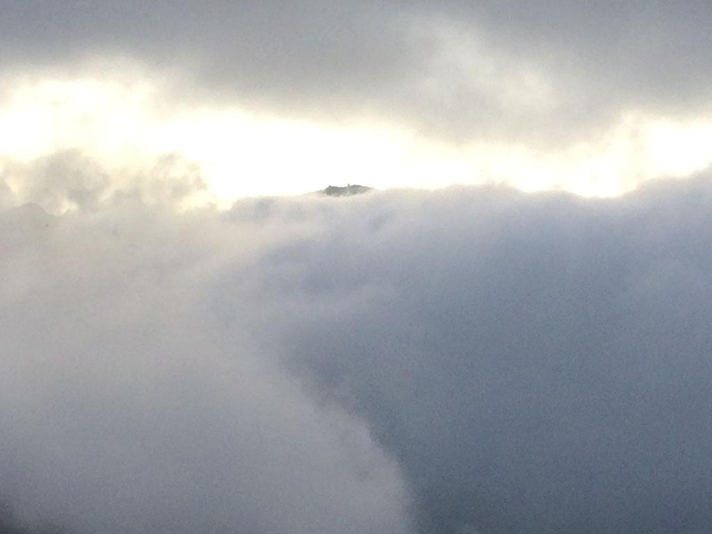 Weissfluhjoch im Nebelsandwich