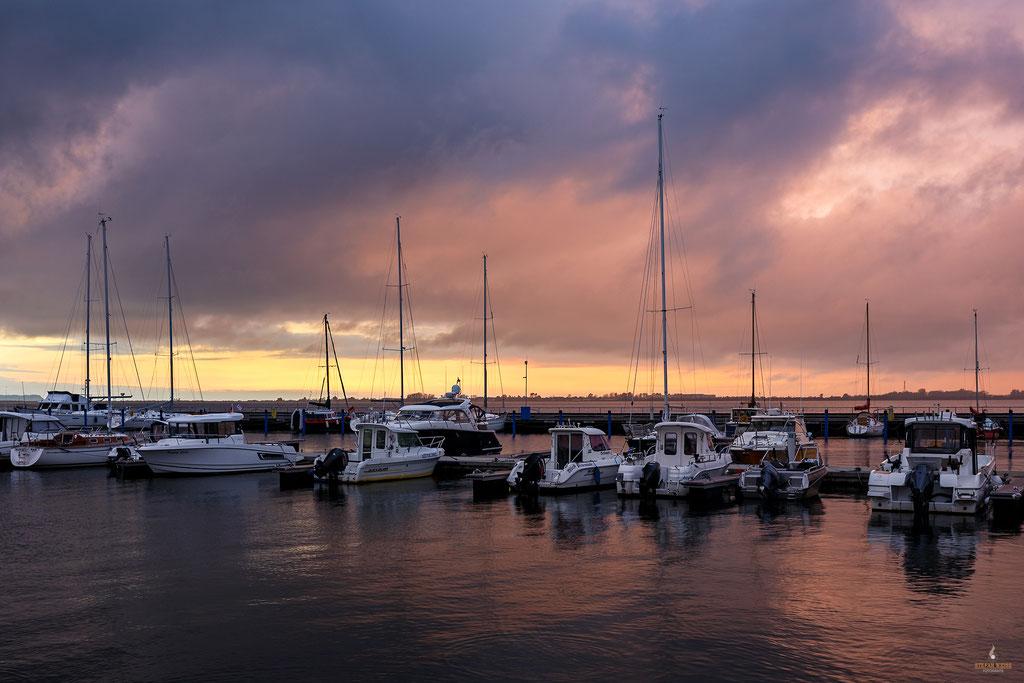 Abendstimmung im Wieker Hafen