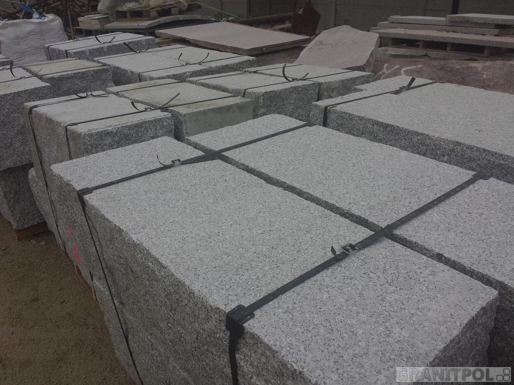 Polen granit mauersteine grau 20x20x40 for Graue steine vorgarten