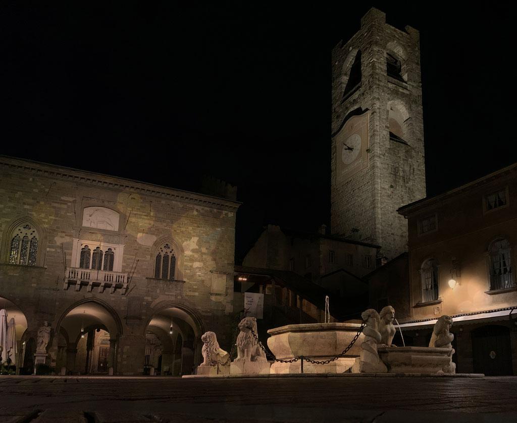 Pozzo Bianco - Bergamo - Piazza Vecchia - Città Alta