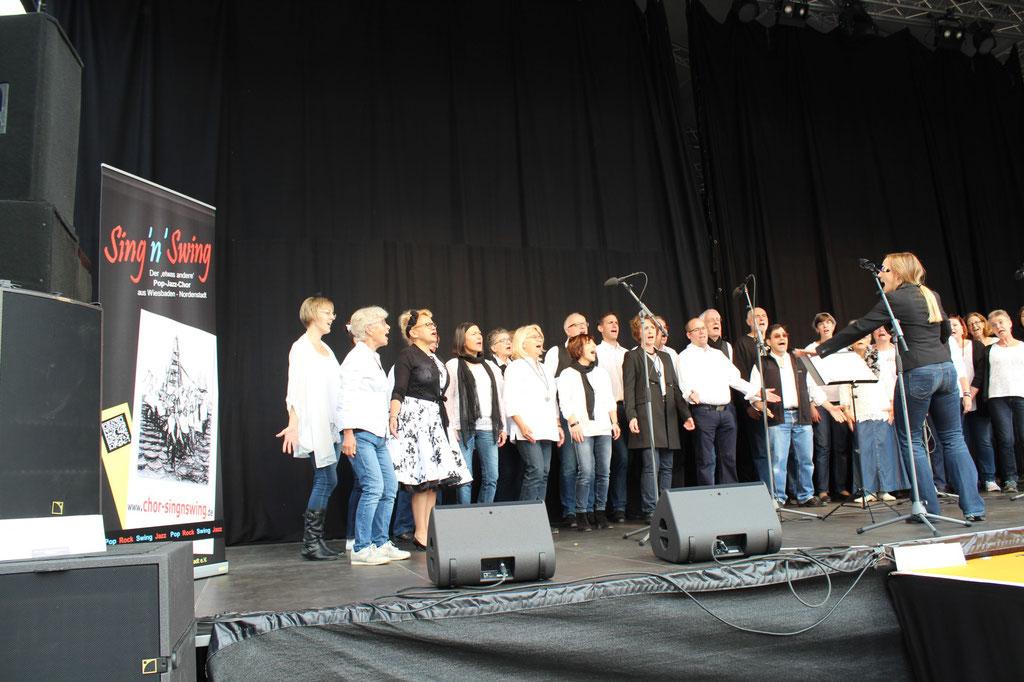Sing'n'Swing Auftritt beim Wiesbadener Stadtfest 2017