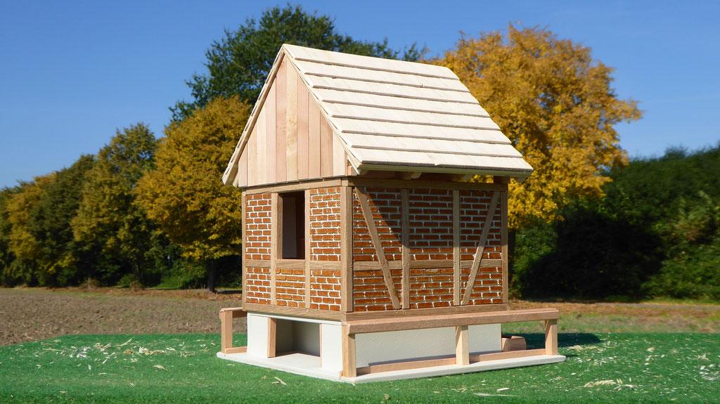 Sattelkammer Seite für Schleich Pferde aus Holz www.3zinken.de