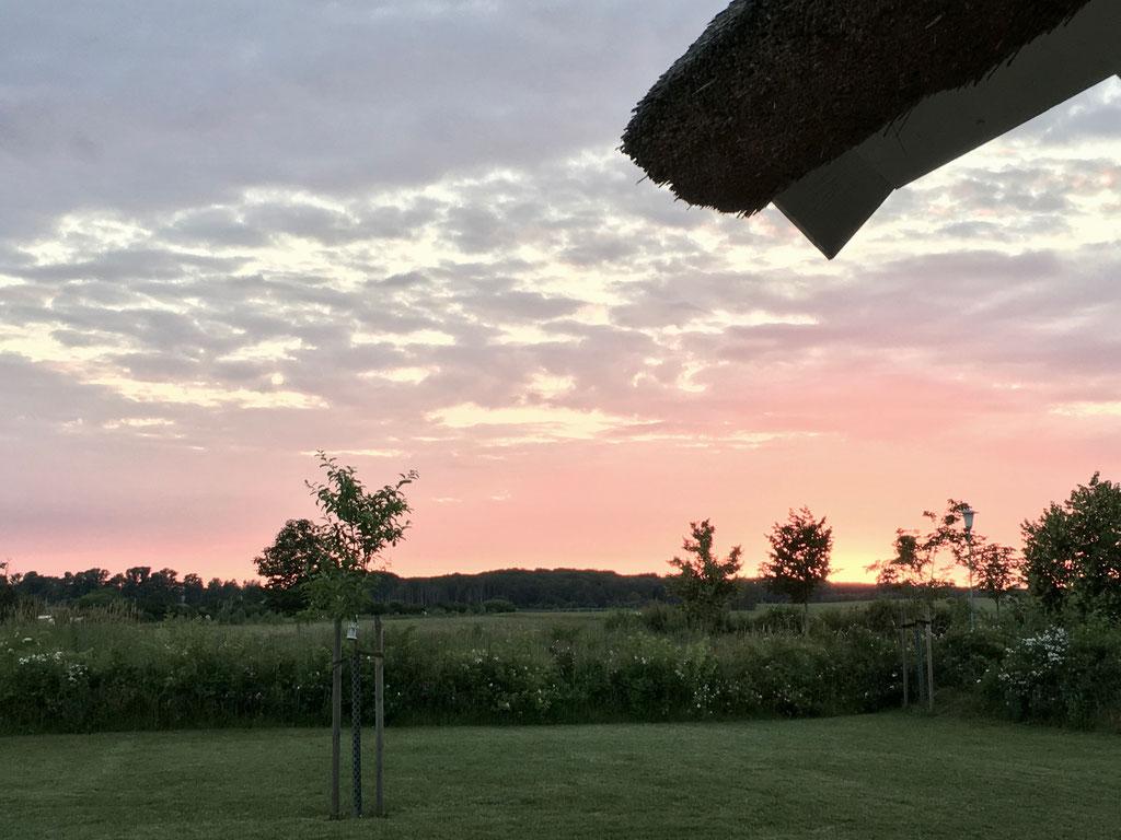 Sonnenuntergang auf der Terrasse