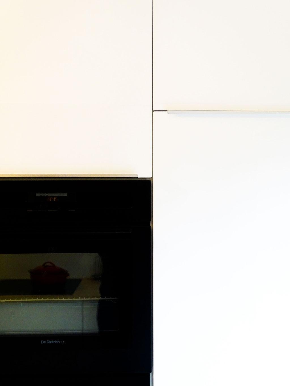 AL Intérieurs, agence architecture intérieur et décoration lyon, rénovation d'une cuisine aux teintes scandinaves, cuisine mate ayant de nombreux rangements
