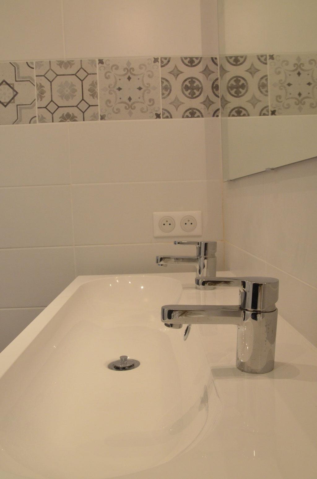 AL Intérieurs, agence architecture intérieur et décoration lyon, rénovation d'une salle de bains design avec carreaux de ciments
