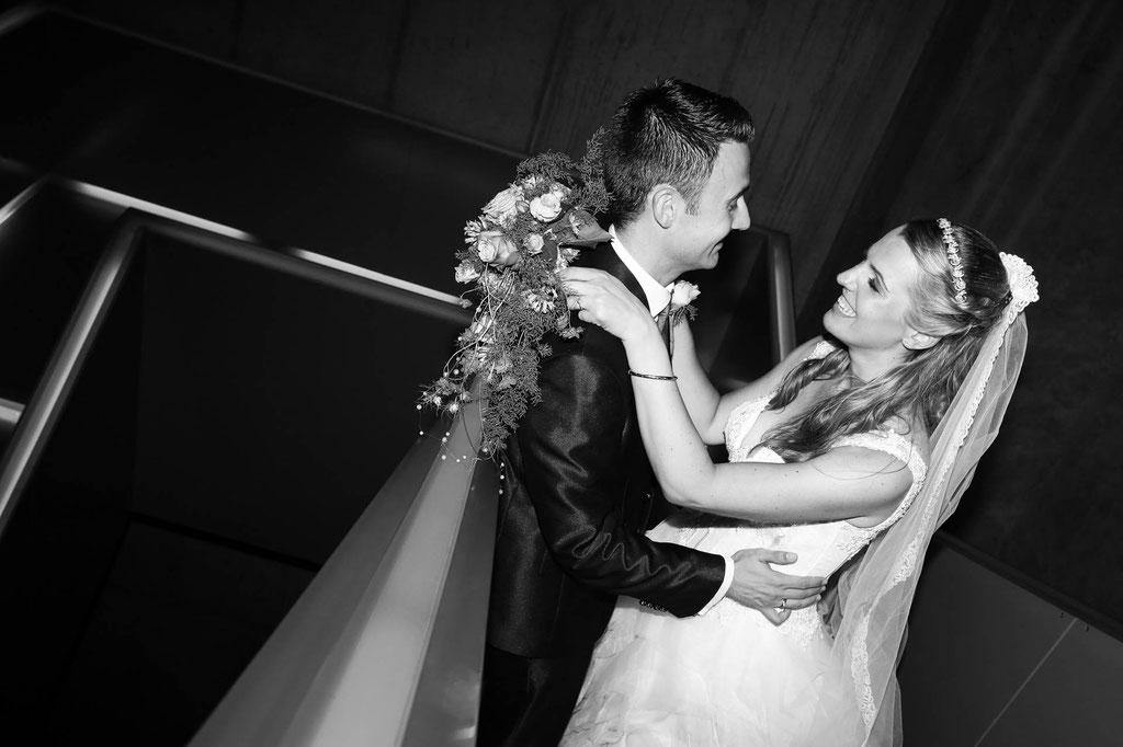 Hochzeitsfoto Schwarzweiß Fotograf aus Wuppertal und NRW Brautpaar